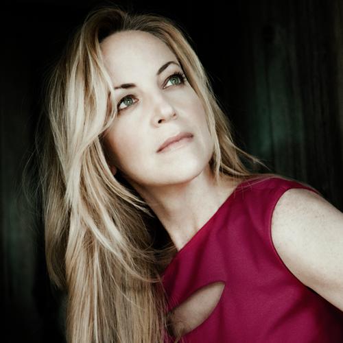 Lise Lindstrom (©Lisa Marie Mazzucco)
